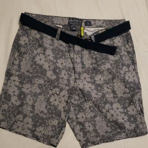 Mens American Rag shorts 36 slim fit like new